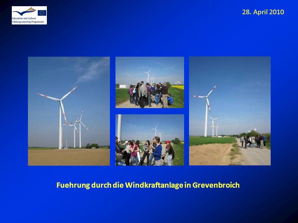 Fuehrung durch die Windkraftanlage in Grevenbroich