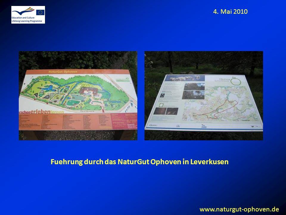 Fuehrung durch das NaturGut Ophoven in Leverkusen