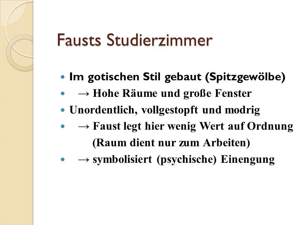 Fausts Studierzimmer Im gotischen Stil gebaut (Spitzgewölbe)