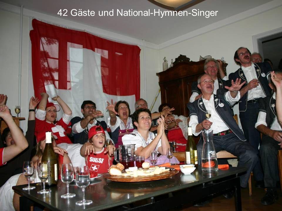 42 Gäste und National-Hymnen-Singer