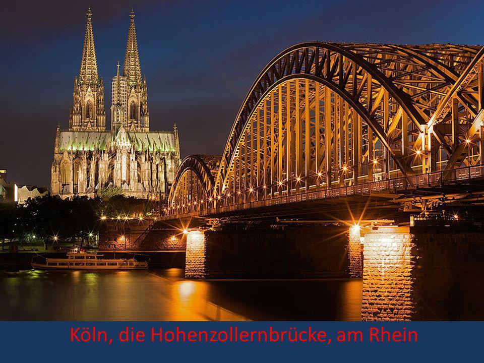 Köln, die Hohenzollernbrücke, am Rhein