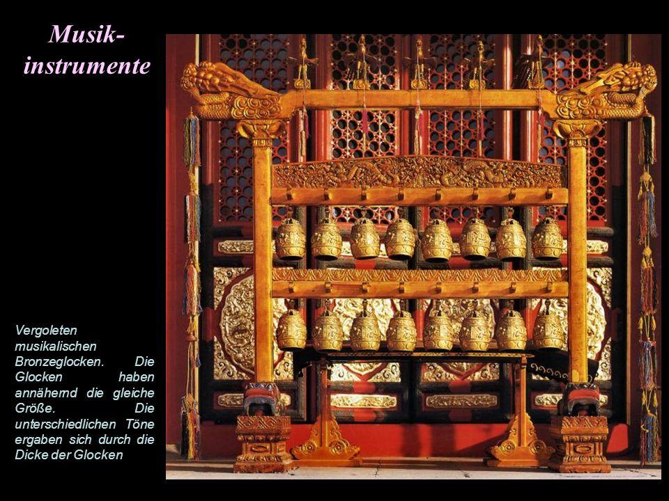 Musik-instrumente.