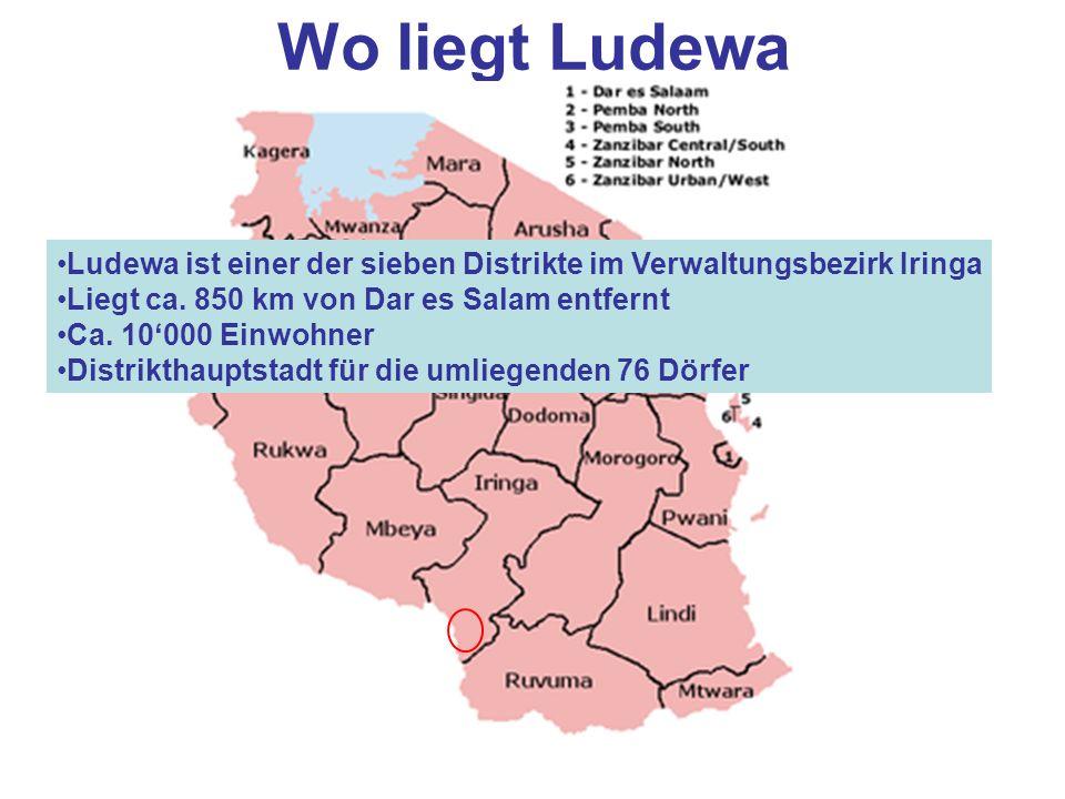 Wo liegt Ludewa Ludewa ist einer der sieben Distrikte im Verwaltungsbezirk Iringa. Liegt ca. 850 km von Dar es Salam entfernt.