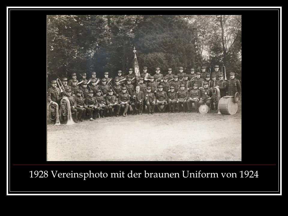 1928 Vereinsphoto mit der braunen Uniform von 1924