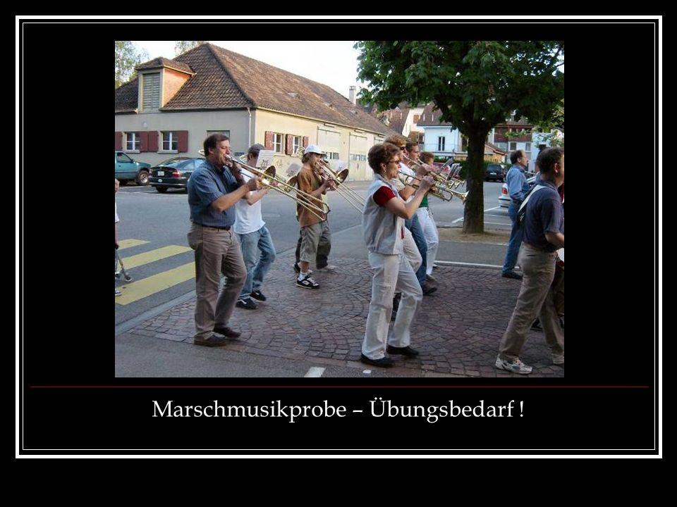 Marschmusikprobe – Übungsbedarf !