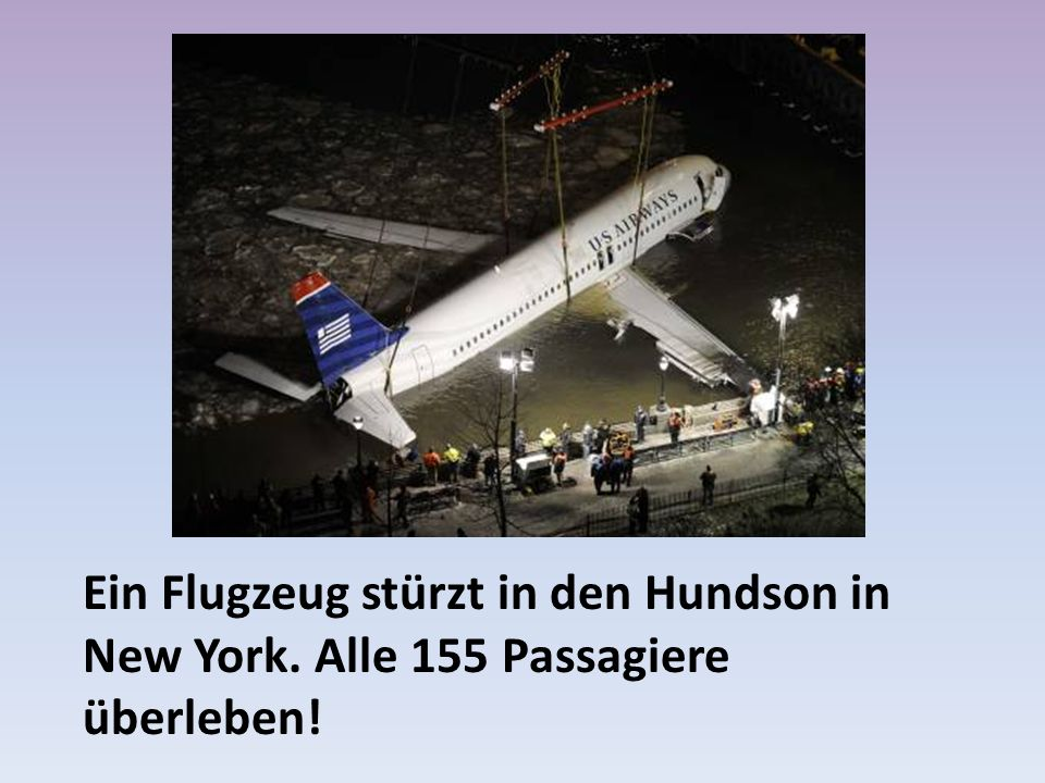 Ein Flugzeug stürzt in den Hundson in New York