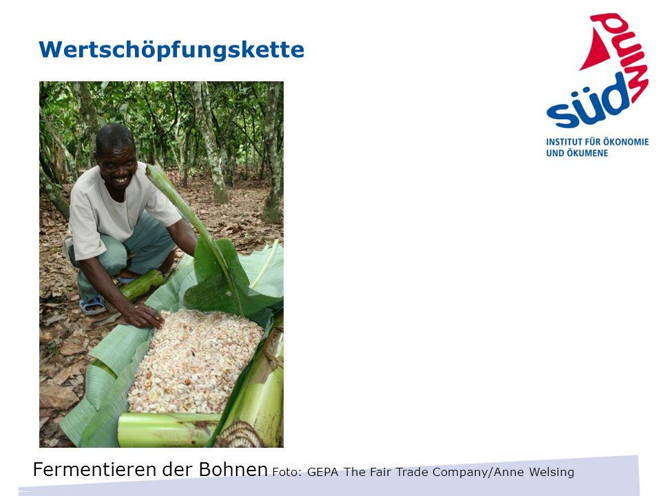 Wertschöpfungskette Fermentieren der Bohnen Foto: GEPA The Fair Trade Company/Anne Welsing