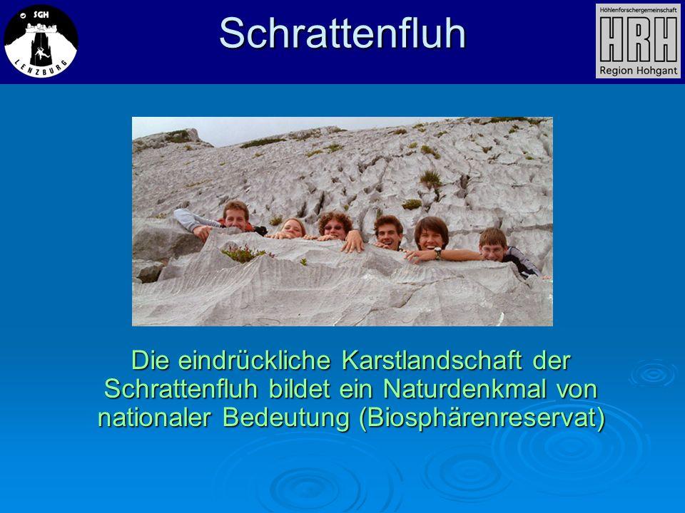 Schrattenfluh Die eindrückliche Karstlandschaft der Schrattenfluh bildet ein Naturdenkmal von nationaler Bedeutung (Biosphärenreservat)