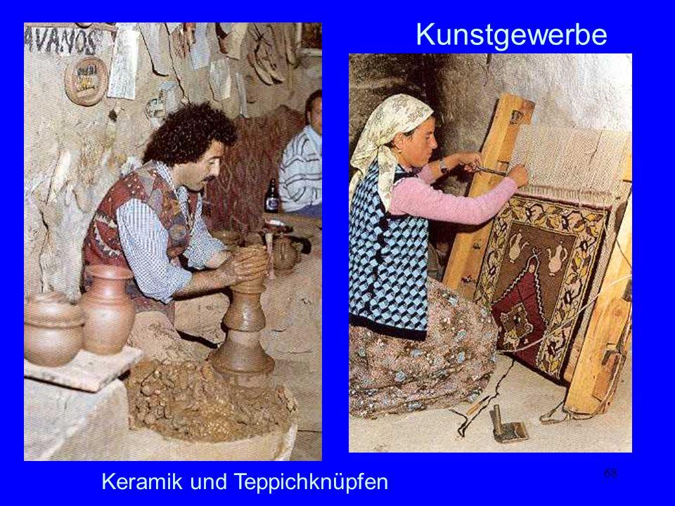 Kunstgewerbe Keramik und Teppichknüpfen