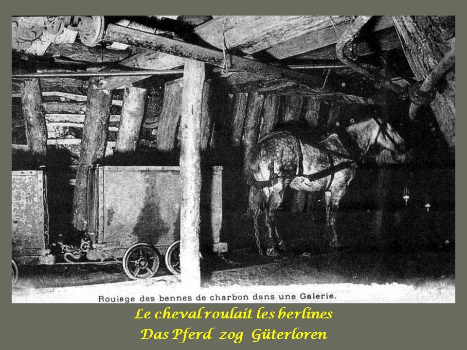 Le cheval roulait les berlines Das Pferd zog Güterloren