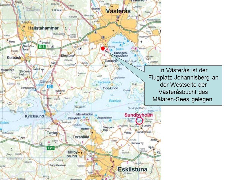In Västerås ist der Flugplatz Johannisberg an der Westseite der Västeråsbucht des Mälaren-Sees gelegen.
