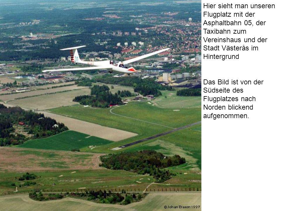 Hier sieht man unseren Flugplatz mit der Asphaltbahn 05, der Taxibahn zum Vereinshaus und der Stadt Västerås im Hintergrund