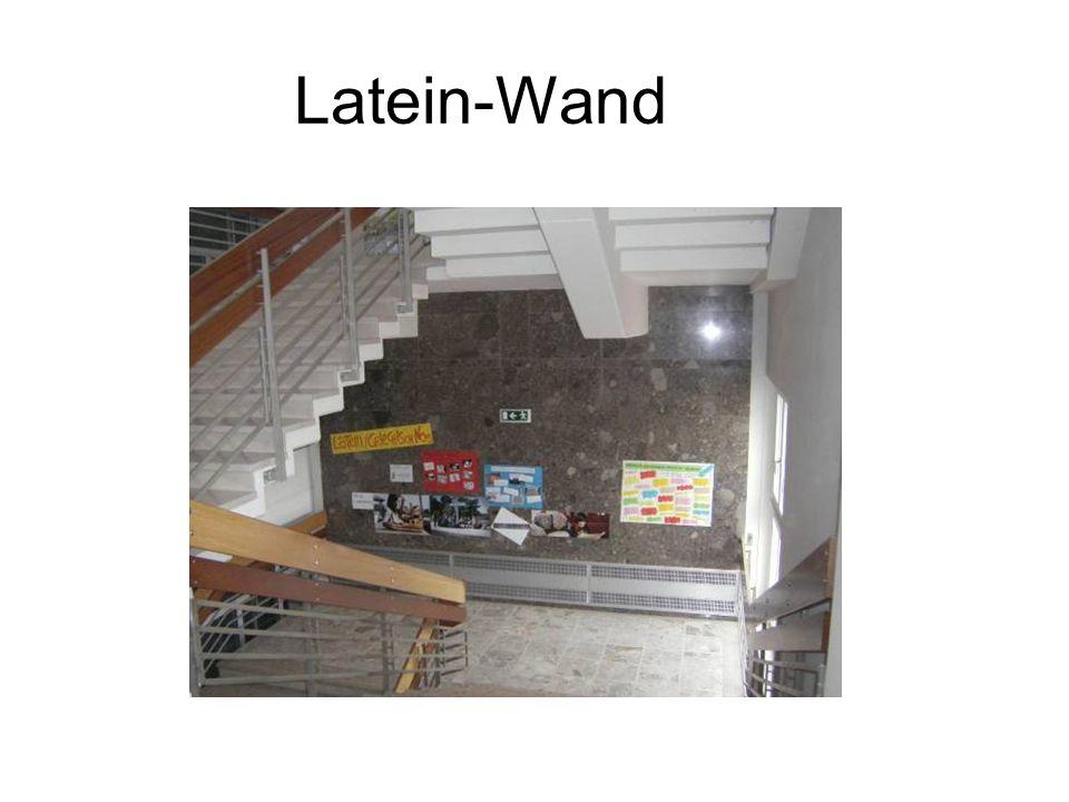 Latein-Wand