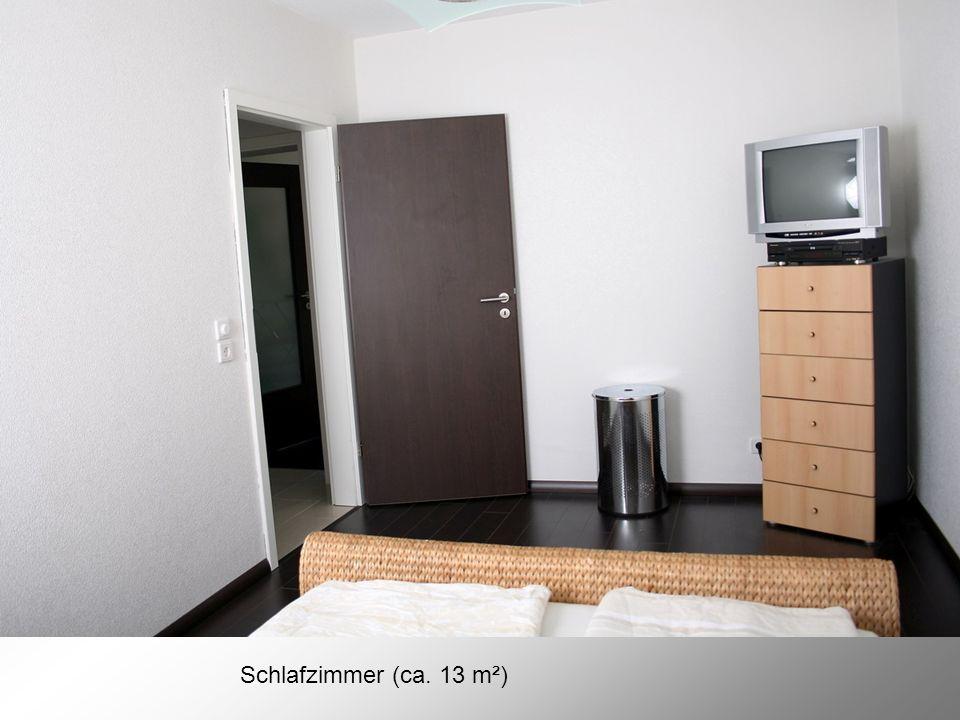 Schlafzimmer (ca. 13 m²)