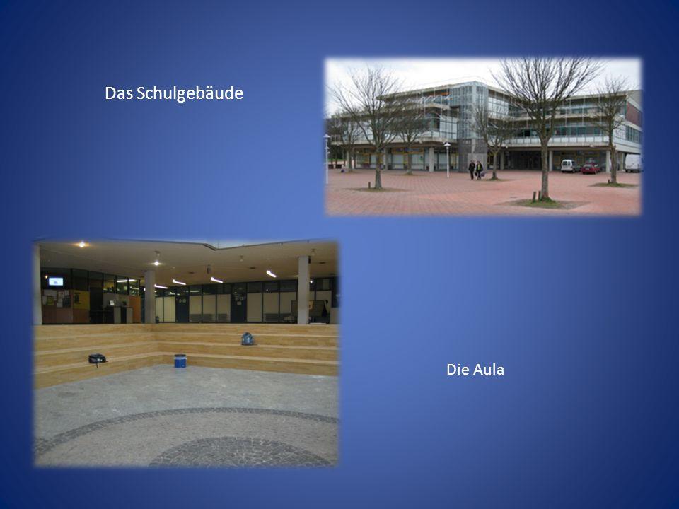 Das Schulgebäude Die Aula