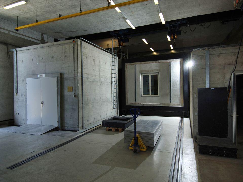 Blick in unsere Laborgebäude, Prüfstand für direkte Luftschallübertragungen.