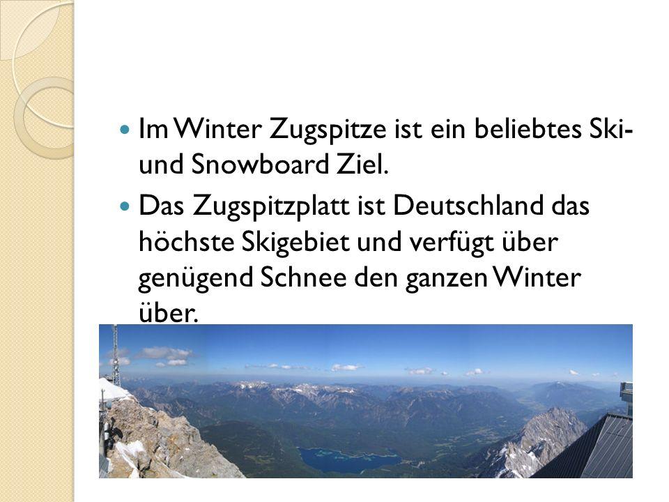 Im Winter Zugspitze ist ein beliebtes Ski- und Snowboard Ziel.