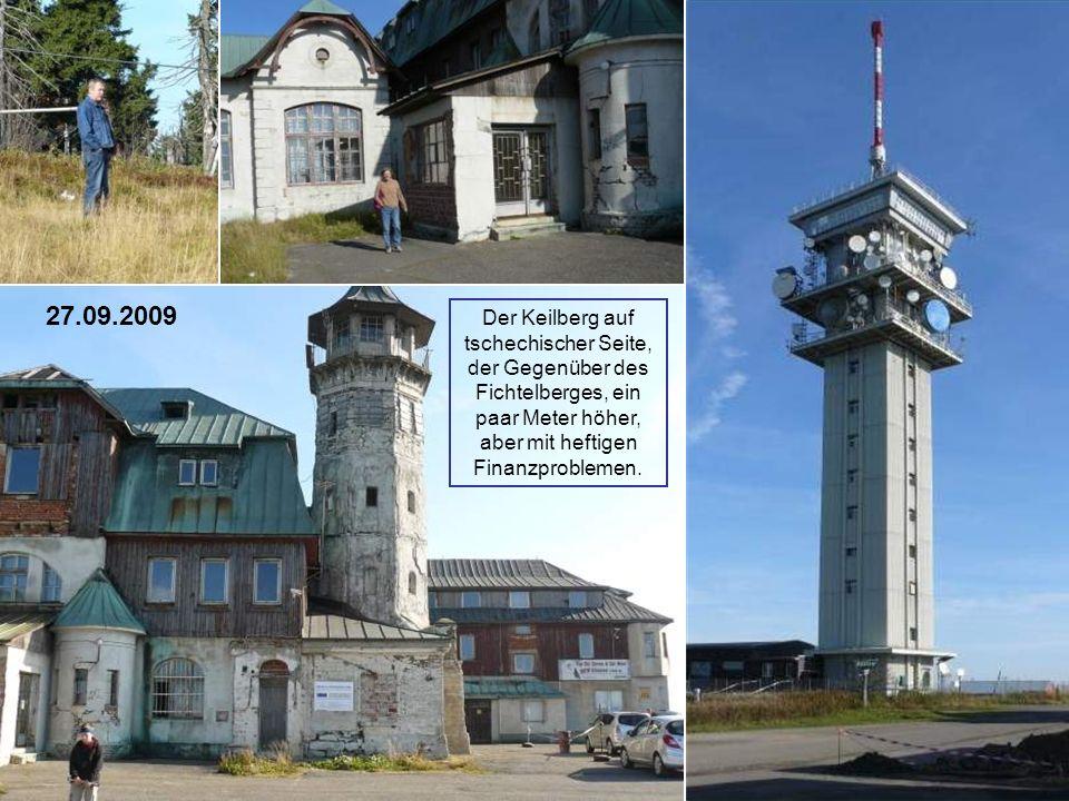 27.09.2009 Der Keilberg auf tschechischer Seite, der Gegenüber des Fichtelberges, ein paar Meter höher, aber mit heftigen Finanzproblemen.