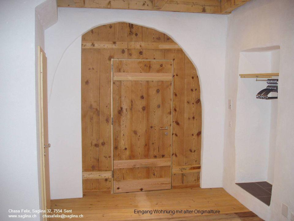 Eingang Wohnung mit alter Originaltüre