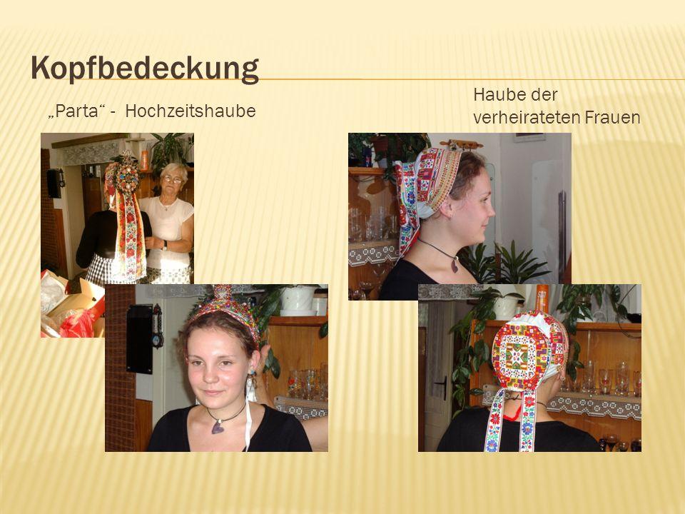 """Kopfbedeckung Haube der verheirateten Frauen """"Parta - Hochzeitshaube"""