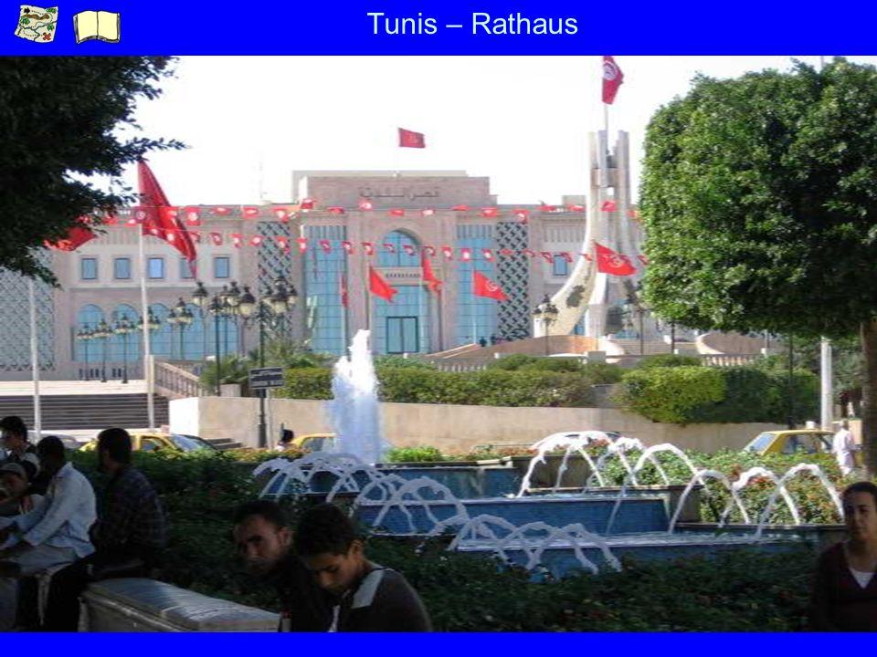 Tunis – Rathaus