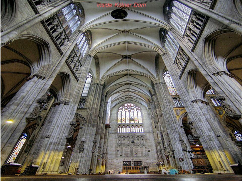 inside Kölner Dom