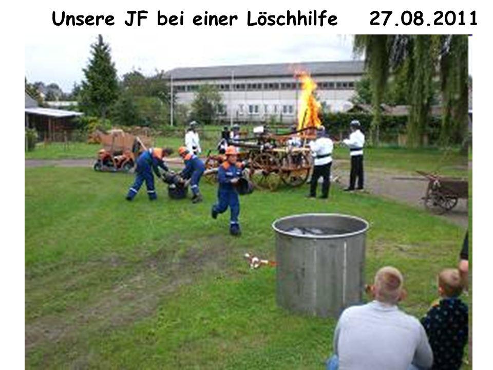 Unsere JF bei einer Löschhilfe 27.08.2011
