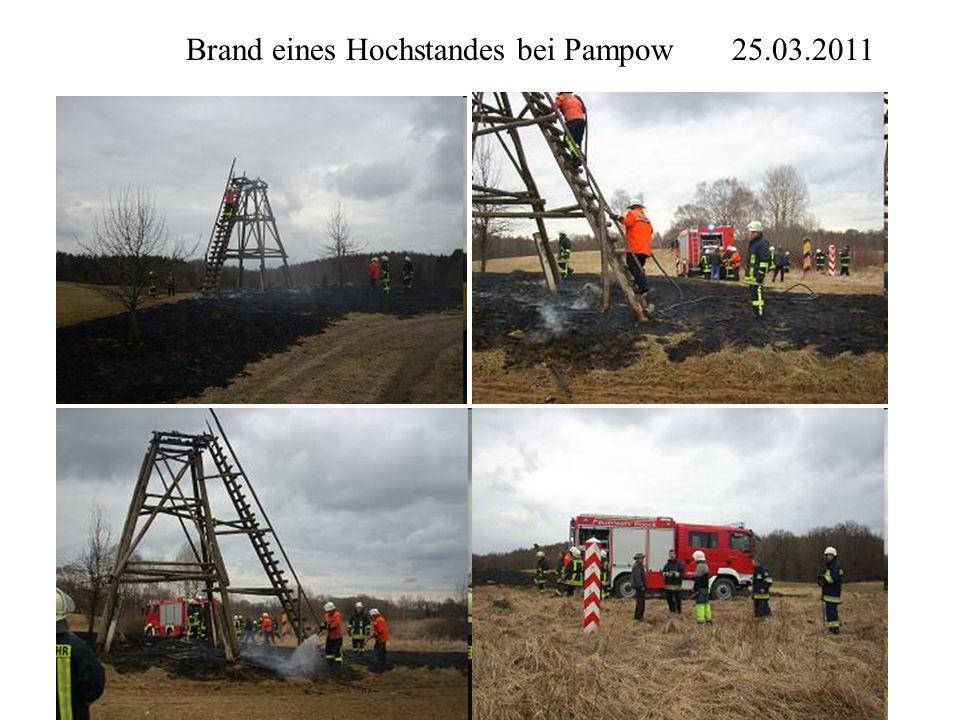 Brand eines Hochstandes bei Pampow 25.03.2011
