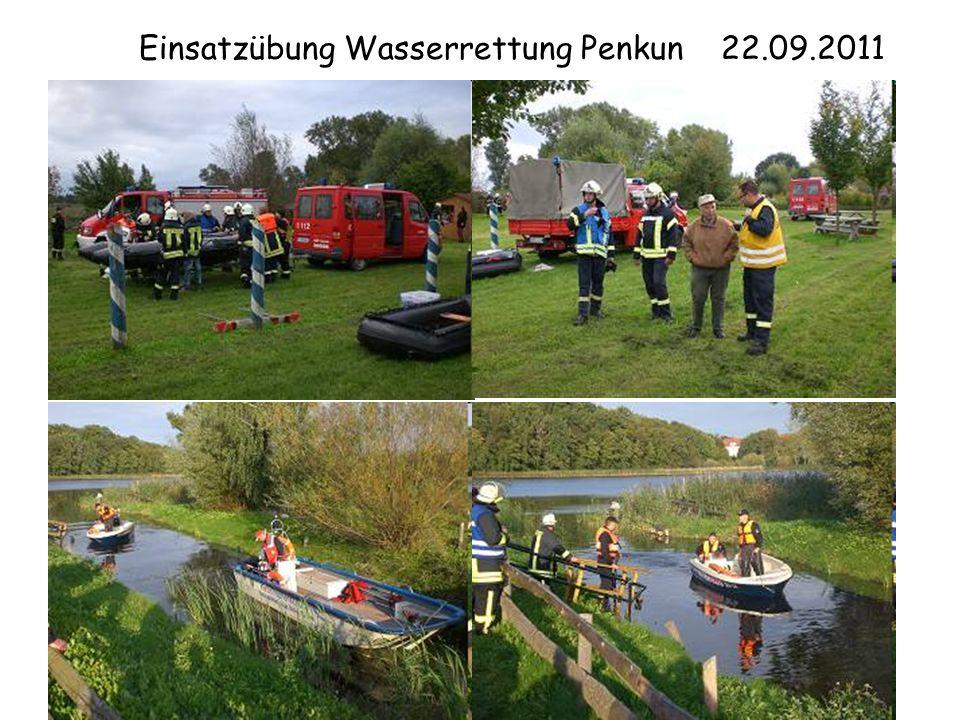 Einsatzübung Wasserrettung Penkun 22.09.2011