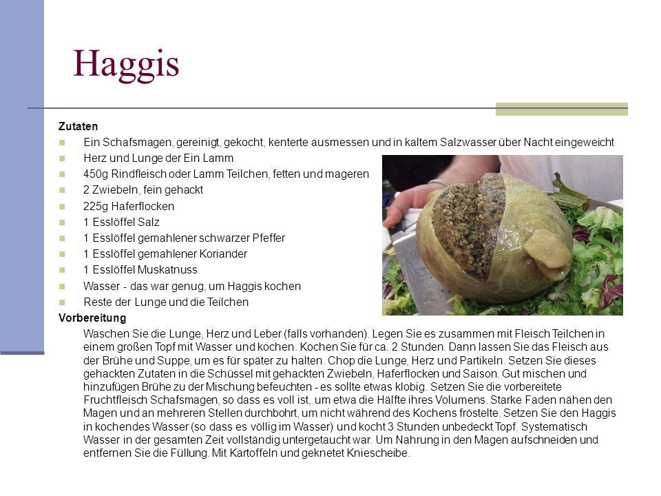 Haggis Zutaten. Ein Schafsmagen, gereinigt, gekocht, kenterte ausmessen und in kaltem Salzwasser über Nacht eingeweicht.
