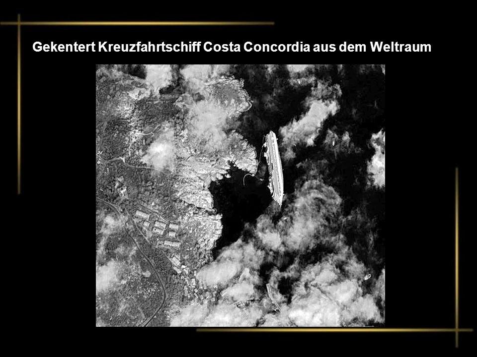 Gekentert Kreuzfahrtschiff Costa Concordia aus dem Weltraum