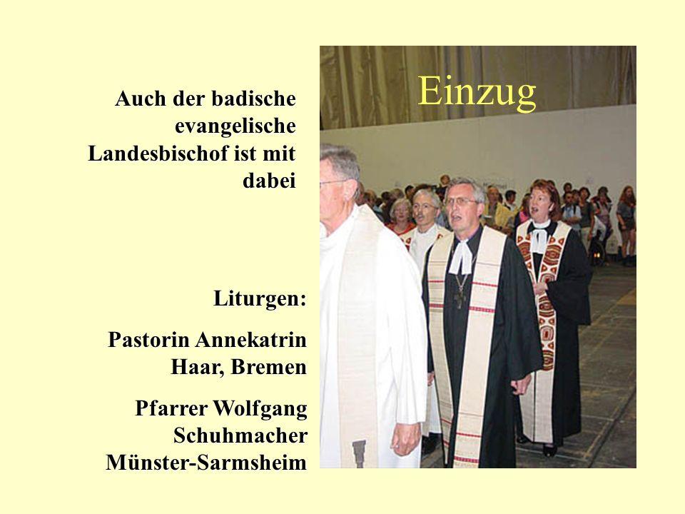 Einzug Auch der badische evangelische Landesbischof ist mit dabei