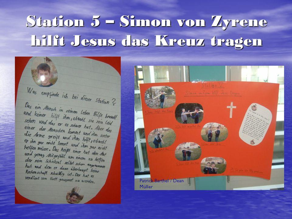 Station 5 – Simon von Zyrene hilft Jesus das Kreuz tragen