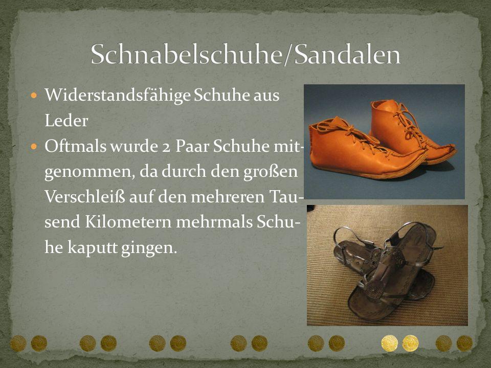 Schnabelschuhe/Sandalen