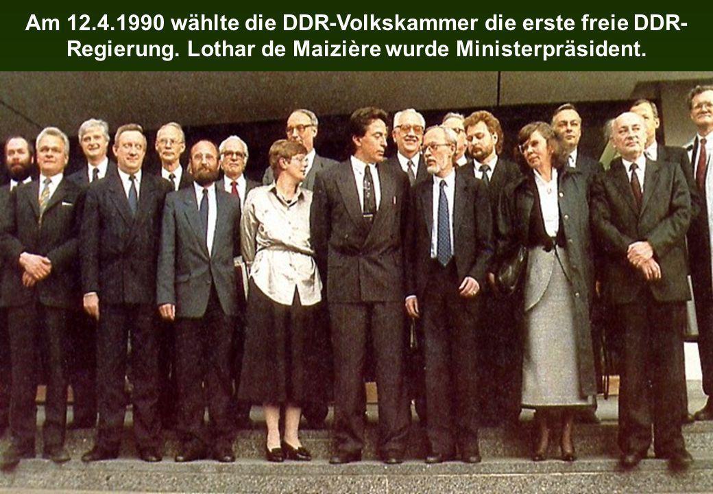 Am 12.4.1990 wählte die DDR-Volkskammer die erste freie DDR-Regierung.
