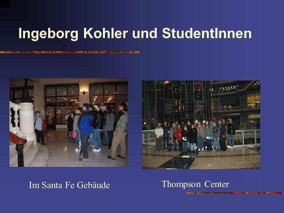 Ingeborg Kohler und StudentInnen