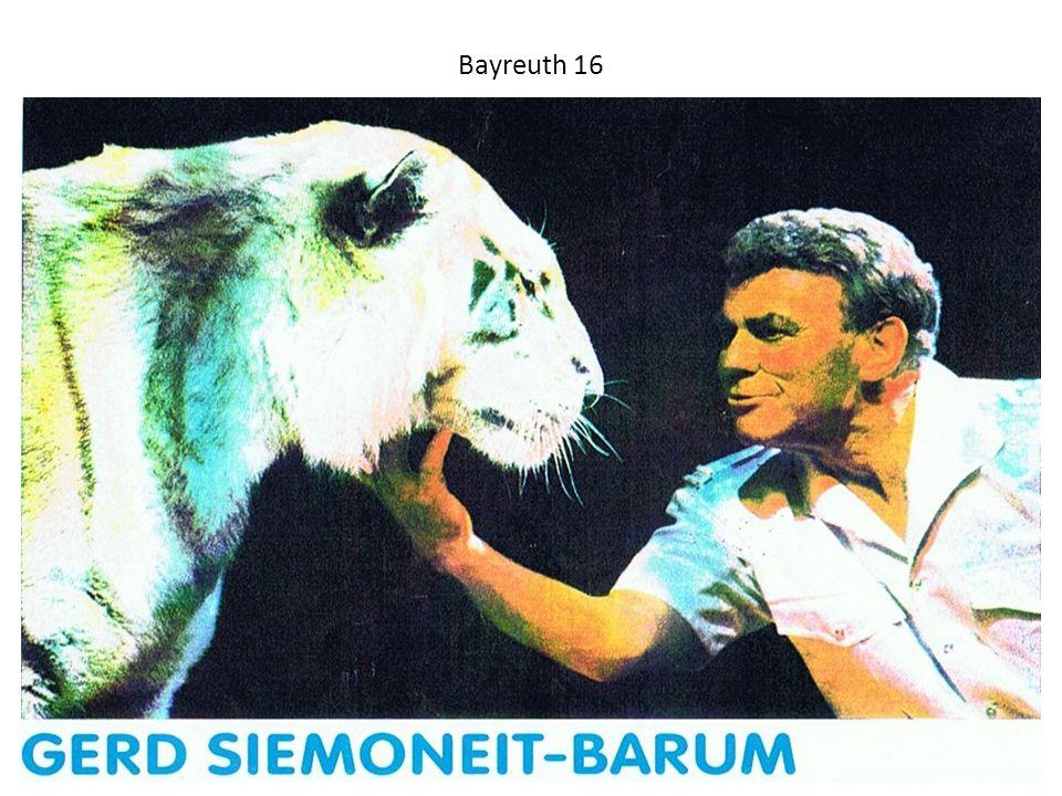 Bayreuth 16 Einer der weißen Tiger mit Dompteur und Direktor Gerd SIEMONEIT-BARUM