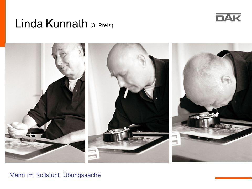 Linda Kunnath (3. Preis) Mann im Rollstuhl: Übungssache
