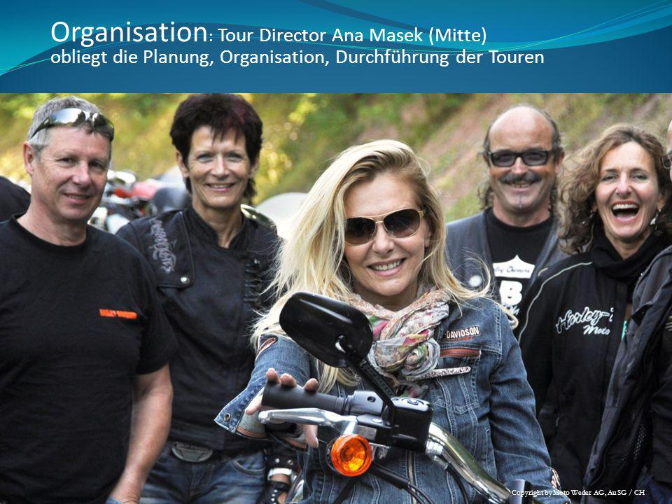 Organisation: Tour Director Ana Masek (Mitte)