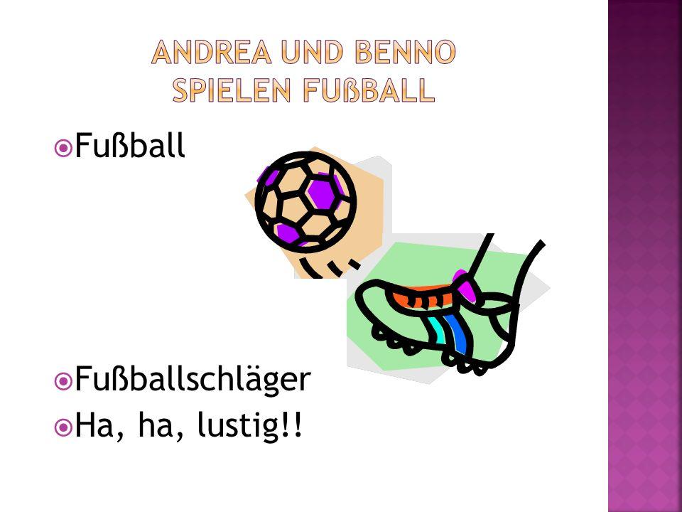 Andrea und Benno spielen Fußball