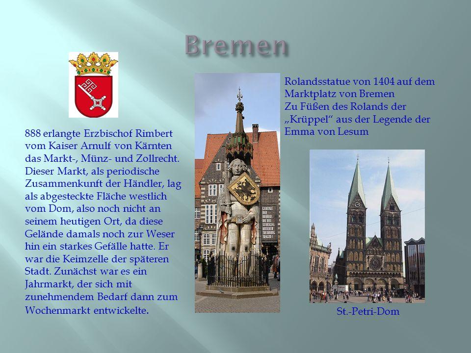 """Bremen Rolandsstatue von 1404 auf dem Marktplatz von Bremen Zu Füßen des Rolands der """"Krüppel aus der Legende der Emma von Lesum."""