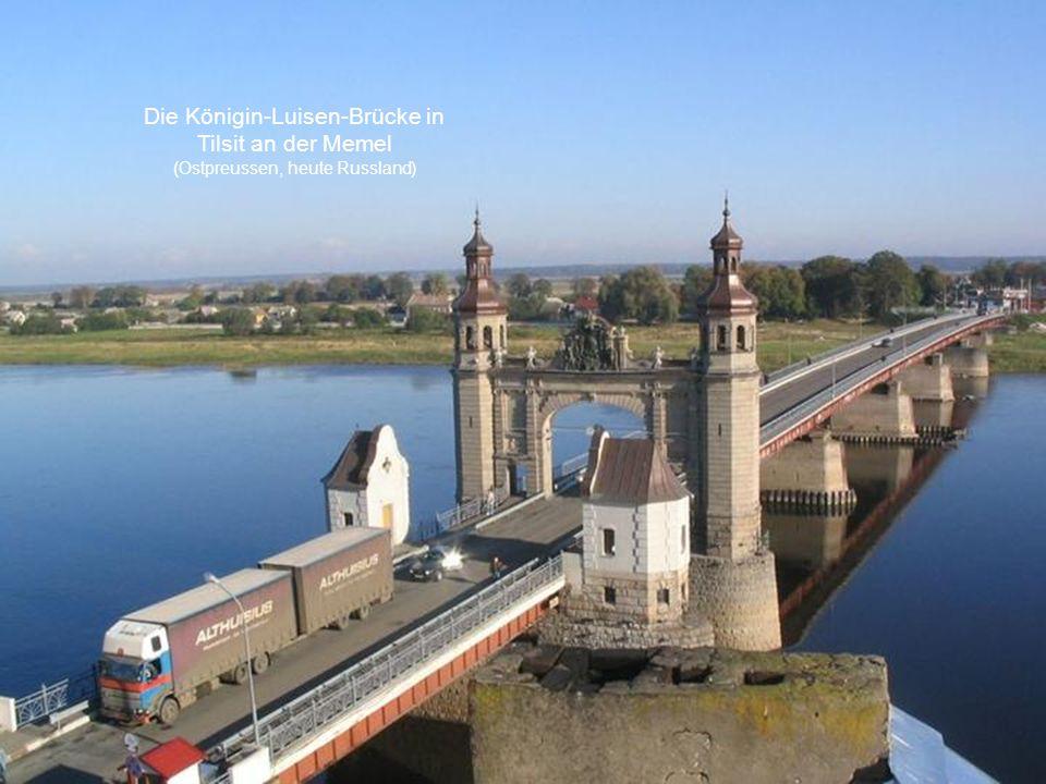 Die Königin-Luisen-Brücke in Tilsit an der Memel (Ostpreussen, heute Russland)
