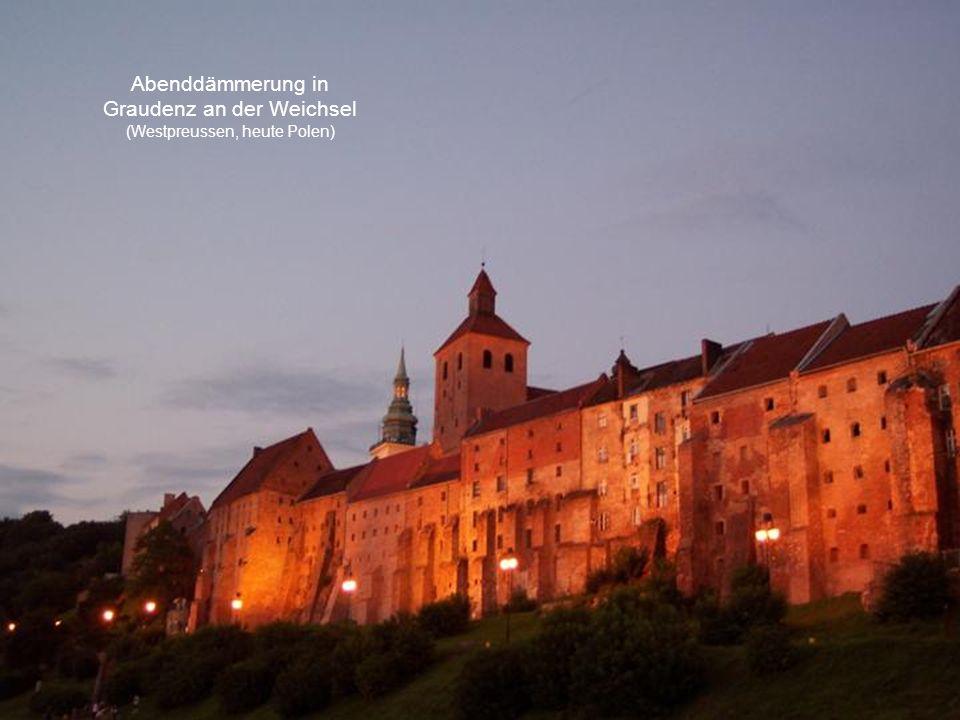 Abenddämmerung in Graudenz an der Weichsel (Westpreussen, heute Polen)