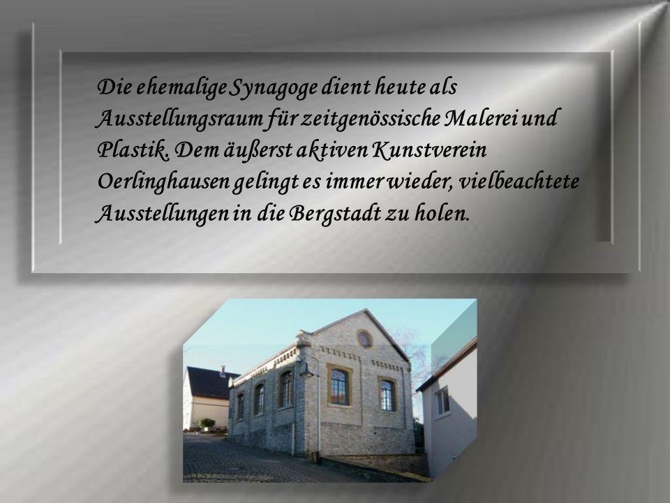 Die ehemalige Synagoge dient heute als Ausstellungsraum für zeitgenössische Malerei und Plastik.