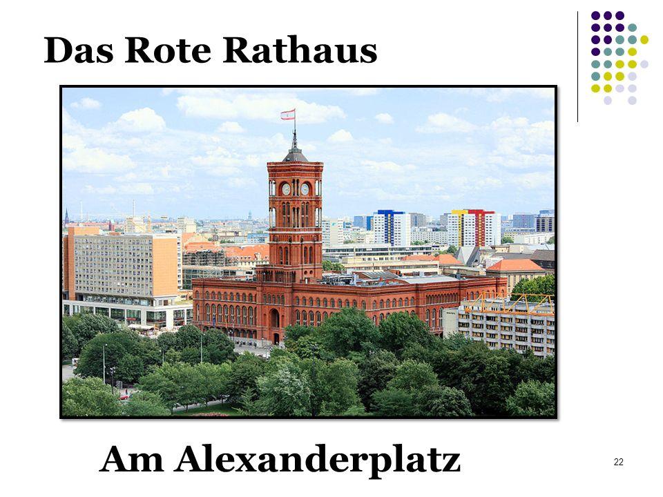 Das Rote Rathaus Am Alexanderplatz