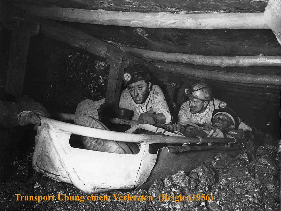 Transport Übung einem Verletzten (Belgien1956)