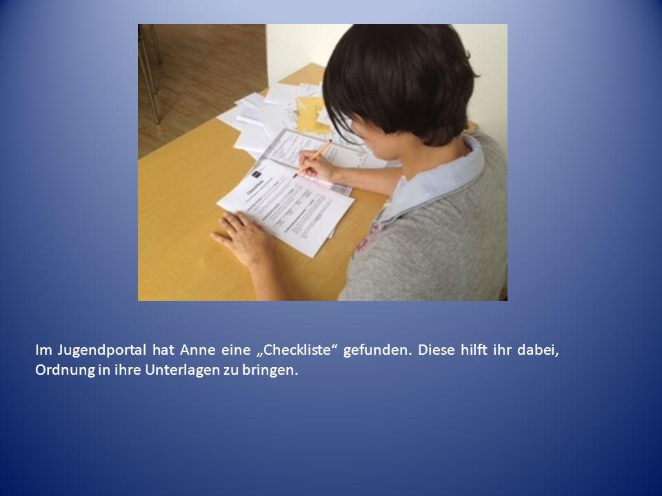 """Im Jugendportal hat Anne eine """"Checkliste gefunden"""