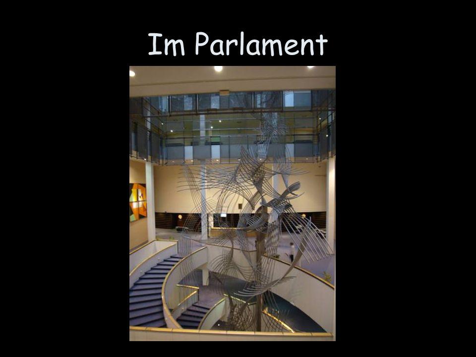 Im Parlament