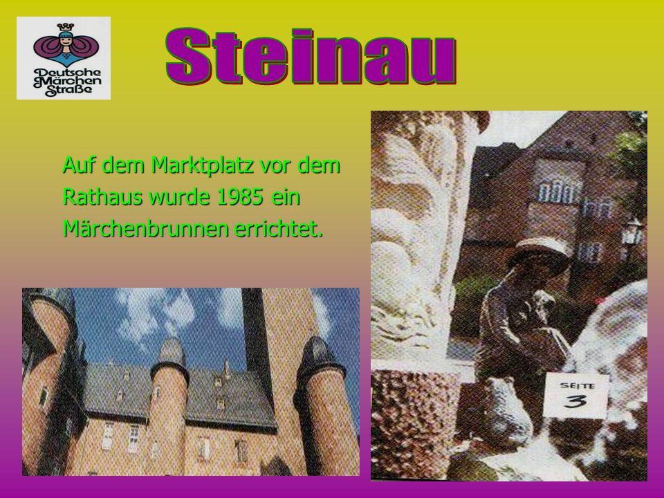 Steinau Auf dem Marktplatz vor dem Rathaus wurde 1985 ein