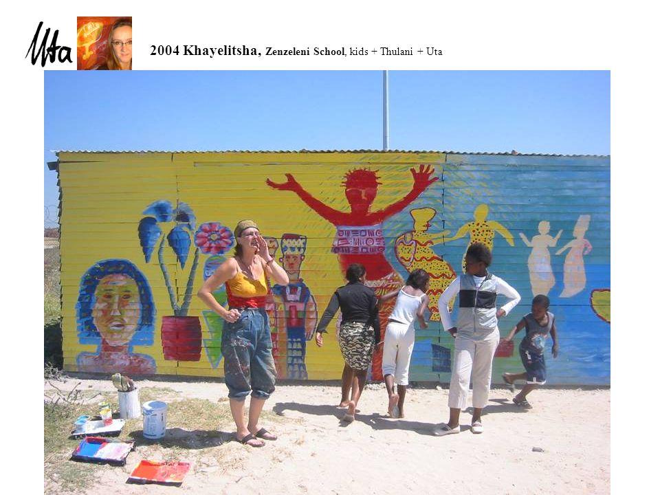 2004 Khayelitsha, Zenzeleni School, kids + Thulani + Uta